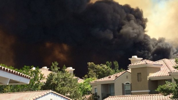[G] Carlsbad Fire Threatens Apartments, Homes