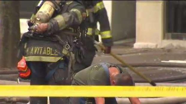 [HAR] Firefighter Taken to Hospital After New Haven Fire