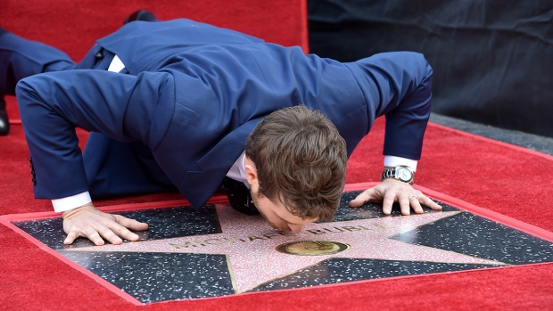 Top Entertainment Photos: Michael Bublé's Walk of Fame Star, Latin Grammys and More
