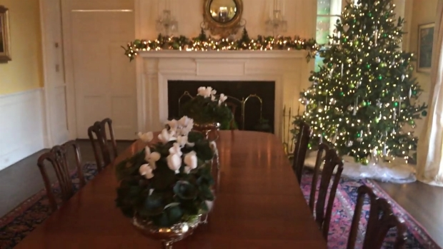 Governor Shows Residence Dining Room Decorations