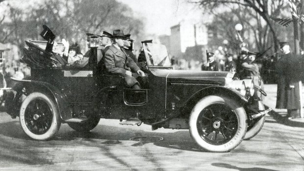 [NATL] Inauguration Parade Vehicles Throughout History