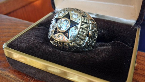 [DGO] NFL Hall of Famer Gets Back Stolen Super Bowl Ring