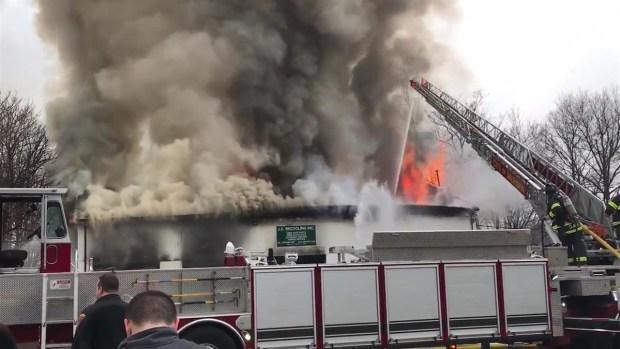 [HAR] Massive Fire Breaks Out at JC Recycling in Meriden