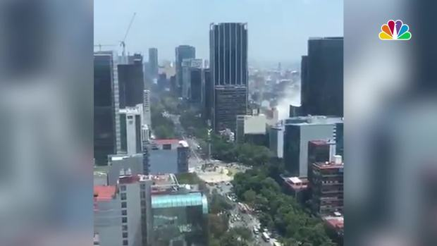 [NATL] Buildings Shake, Dust Rises as Powerful Earthquake Hits Mexico City