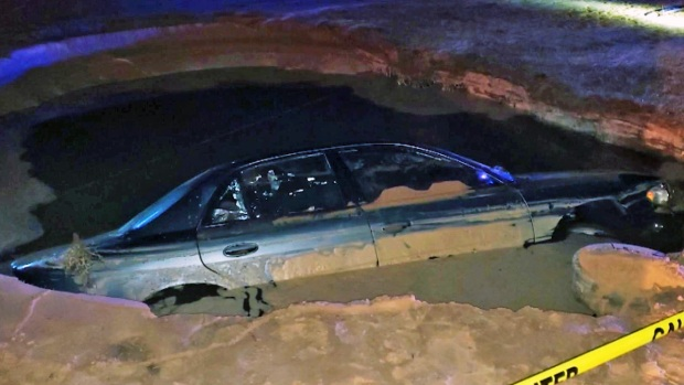 [NY-NATL] Alleged Drunk Woman Crashes Into Fire Hydrant, Nearly Drowns in Sinkhole