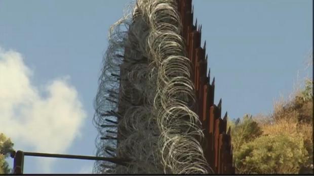 [NATL] Arizona Town Pushes Back on Border Wall Razor Wire