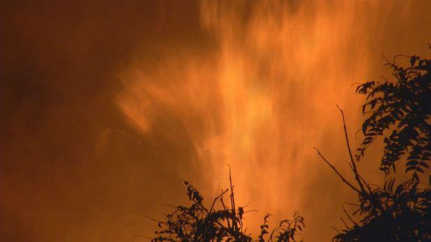 [HAR] Fire Destroys Elm City  Landmark
