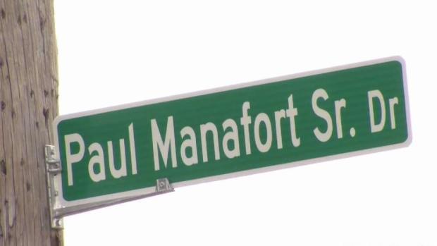 [HAR] New Britain Changes Manafort Street Sign