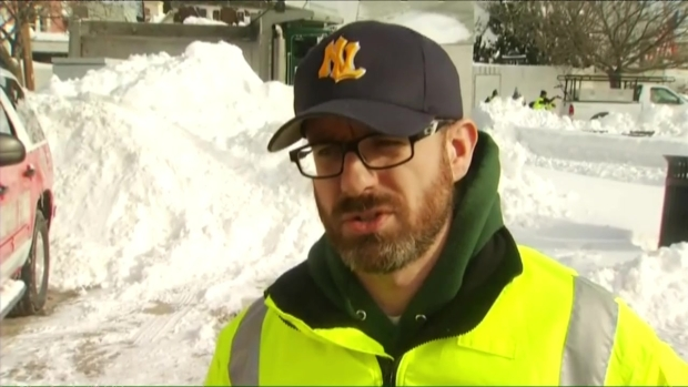 [HAR] New London Digs Out After Blizzard
