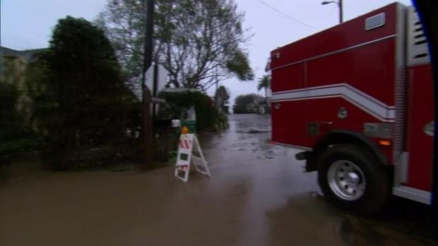 [LA] Storm Drenches the Montecito Area, Closing the 101 Freeway