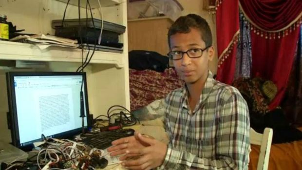 [NATL-DFW] Teen Says He's Falsely Accused of Making 'Hoax Bomb'