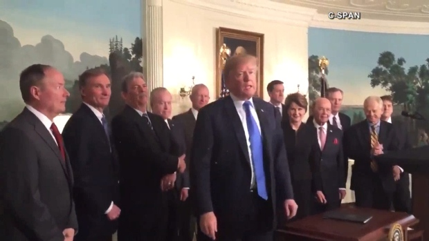 [NATL] Trump: 'I'd Like To' Testify To Robert Mueller