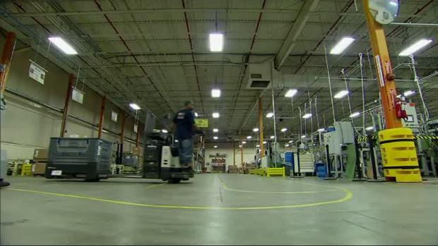[NATL] US Plants Struggle to Fill Skilled Positions