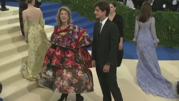 [NATL] Kardashian West, Rihanna, Pharrell, Madonna on the Met Gala Red Carpet