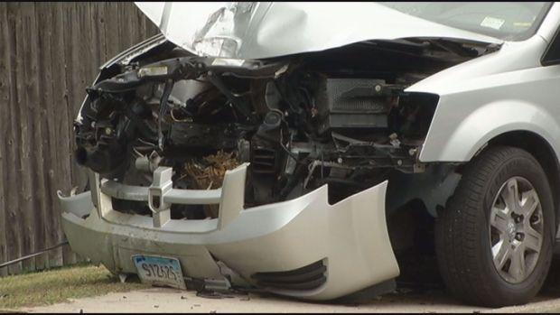 [HAR] East Conn Van Crashes In Willimantic