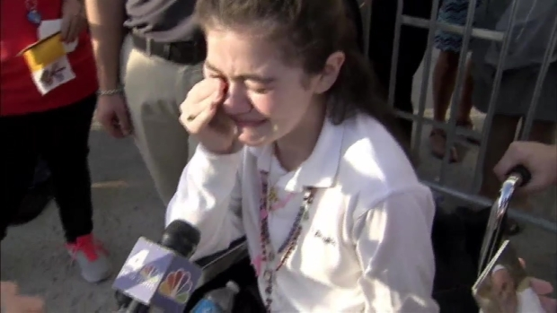 [NY] NYC Girl in Wheelchair Blessed by Pope: 'I Know I Will Walk Again'