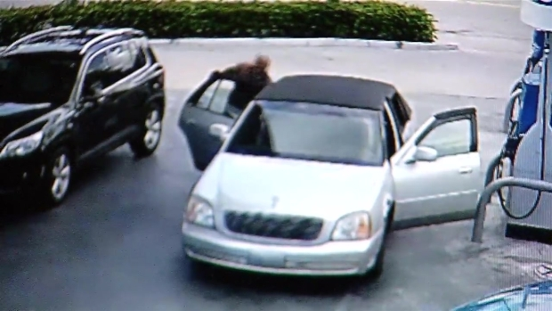 [NATL-MI] VIDEO: Woman Tries to Get Purse Back From Robber At Dania Beach Gas Station