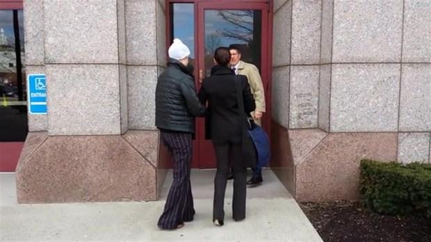 Charla Nash Arrives at LOB