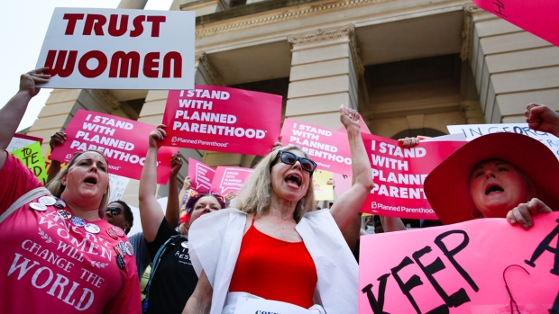 [NATL] From New York to Hawaii, Abortion Rights Advocates Rally to 'Stop the Bans'