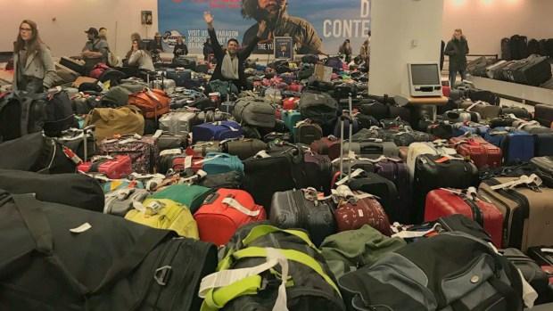 Hours-long Delays at JFK Tarmac, Baggage Claim