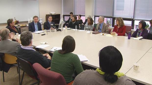 [HAR] Round Table Addresses Key Issues in Mental Health