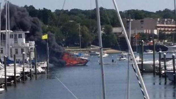 [NY] Man Killed in NY Boat Explosion