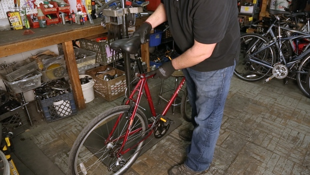 Fixing Your Bike: How to Adjust a Seat Post
