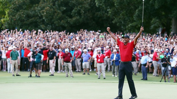 Top Sports Photos: Tiger Woods Wins 2018 Tour Championship