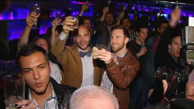 [CHI] Boystown Celebrates Same-Sex Marriage Victory