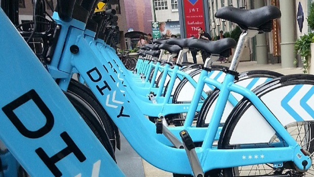 [CHI] Wrigleyville Neighbors Divided Over Divvy