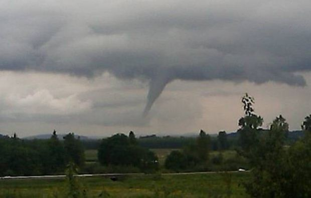[HAR] Tornadoes Strike CT