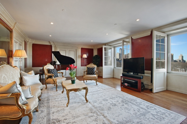 [NATL] You Can Buy David Bowie's Old NYC Home and Piano for $6.5 Million