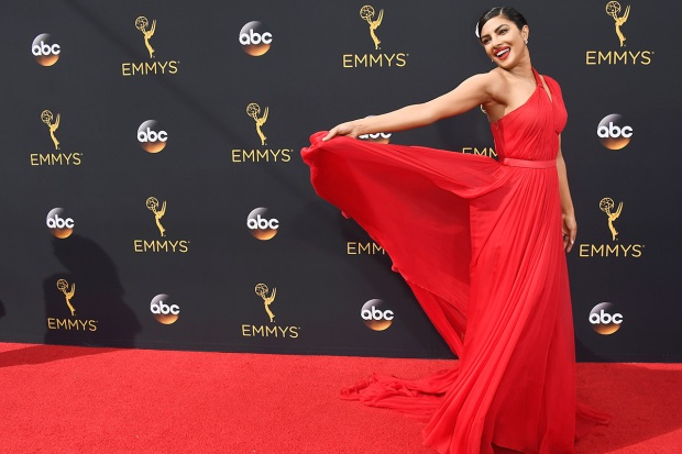Emmy Awards 2016 Red Carpet: Best and Worst Dressed