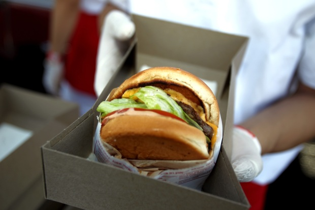 In-N-Out Worker Dishes Out Answers to Customers' Questions