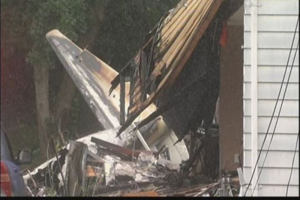 [HAR] NTSB Shares Early Details on East Haven Plane Crash