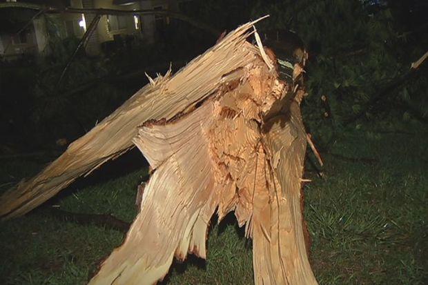[HAR] Storm Strikes New Milford