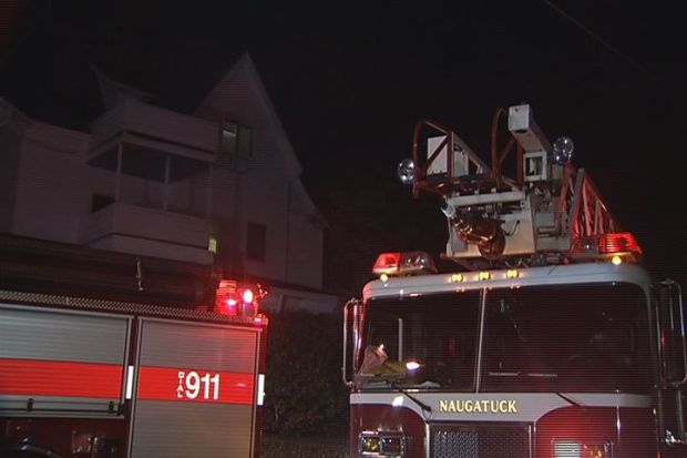 [HAR] 6 People Rescued In Naugatuck Fire