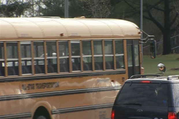 [HAR] Newtown Students Return to School