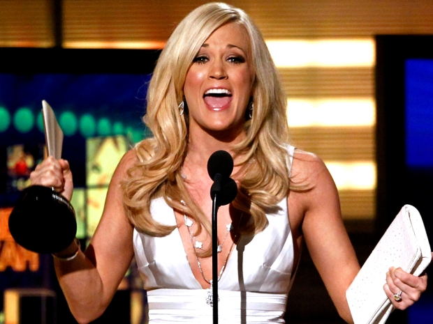 [NATL] Carrie Underwood Topples Swift at Academy of Country Music Awards