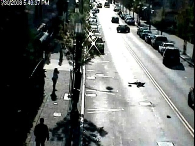 [HAR] Graphic: Hit-And-Run Victim, 78, Left Lying In Street