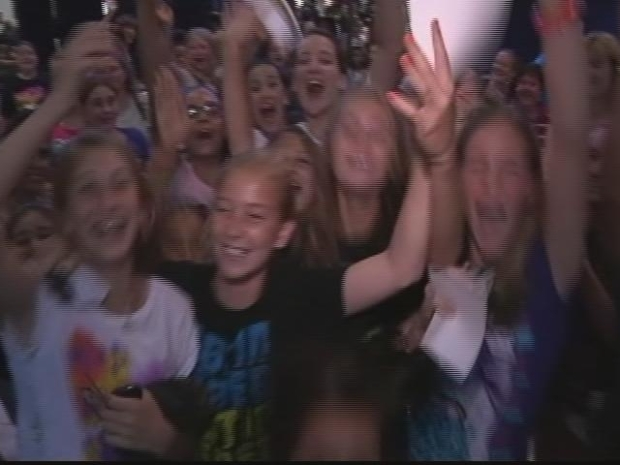 [HAR] Bieber Fever Hits Hartford