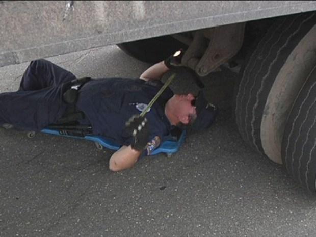 [HAR] DMV Checks Trucks to Keep You Safe