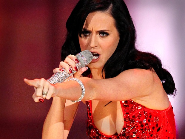 [NATL] Justin Bieber, Katy Perry Rock Out at Star-Studded AMAs