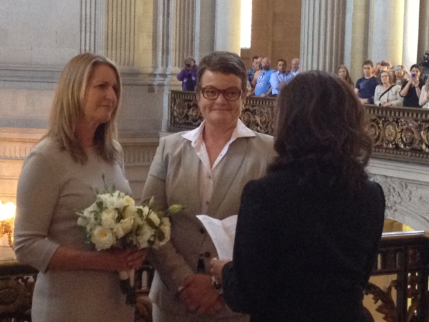[NATL-V-BAY] RAW VIDEO: Kris Perry and Sandy Stier Get Married