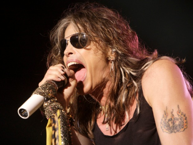 "[NBCAH] Steven Tyler Addresses Kid Rock Criticism: ""He's Just Jealous"""