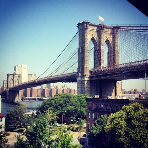 PHOTOS: Mysterious White Flags Atop Brooklyn Bridge