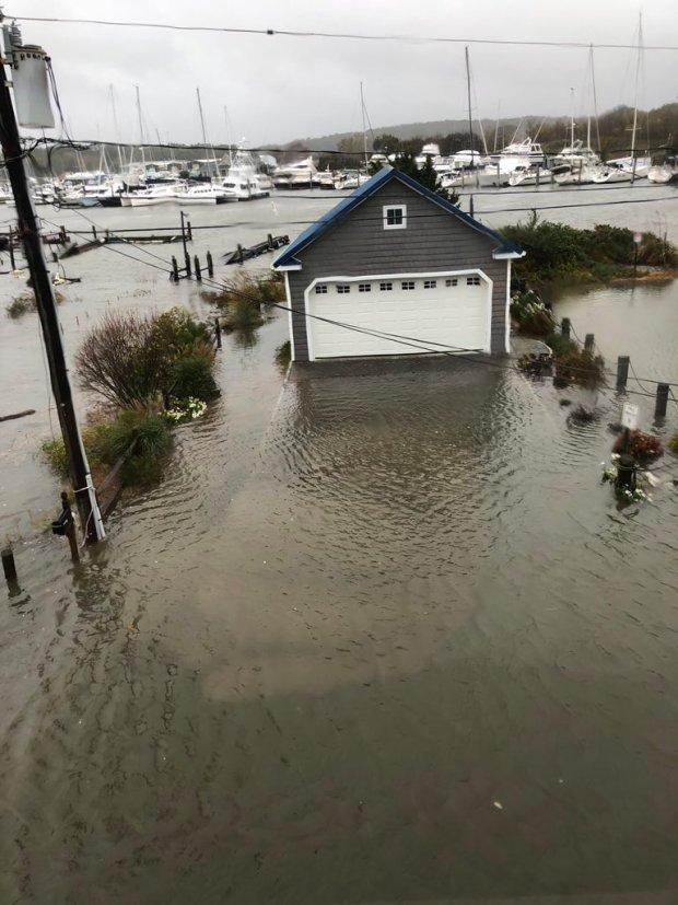 PHOTOS: Nor'easter Brings Flooding to Shoreline