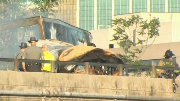 1 Dead in Fiery Crash on I-84 in East Hartford