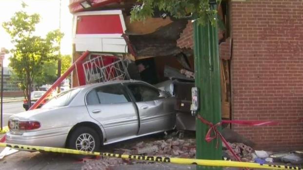 [HAR] 2 Dead After Car Crashes Into New Haven Deli Market