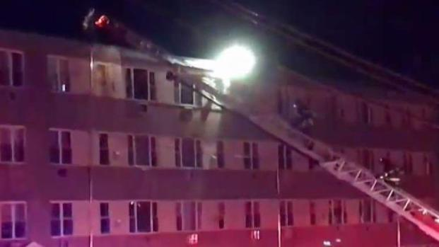 [HAR] Firefighters Respond to 2-Alarm Fire at New London Apartment